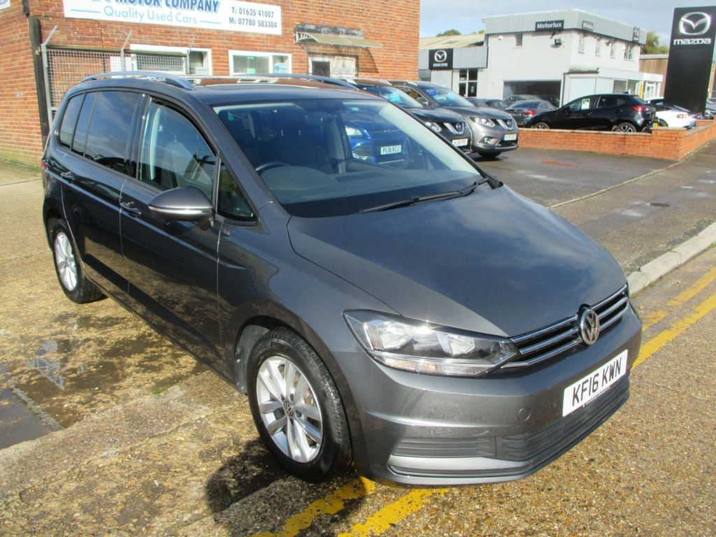 Volkswagen Touran MPV 1.6 TDI BlueMotion Tech SE Family DSG (s/s) 5dr