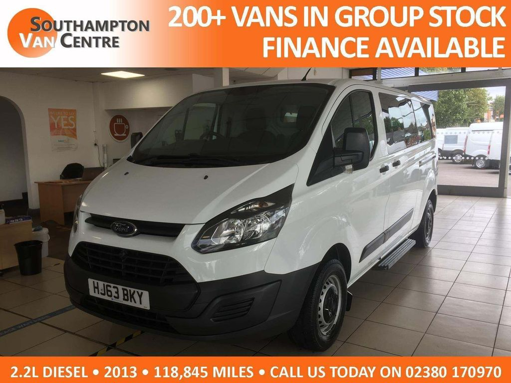 Ford Tourneo Custom Other 2.2 TDCi 300 Style Low Roof Bus L 5dr (8 Seats, LWB)