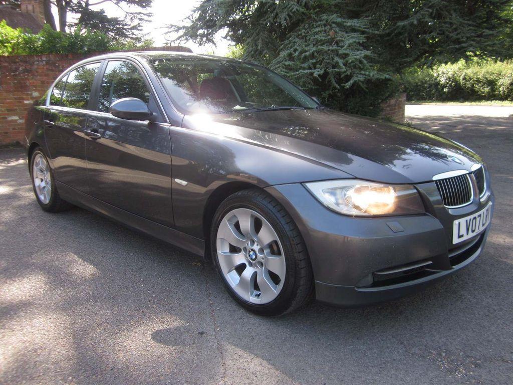 BMW 3 Series Saloon 3.0 330d SE 4dr