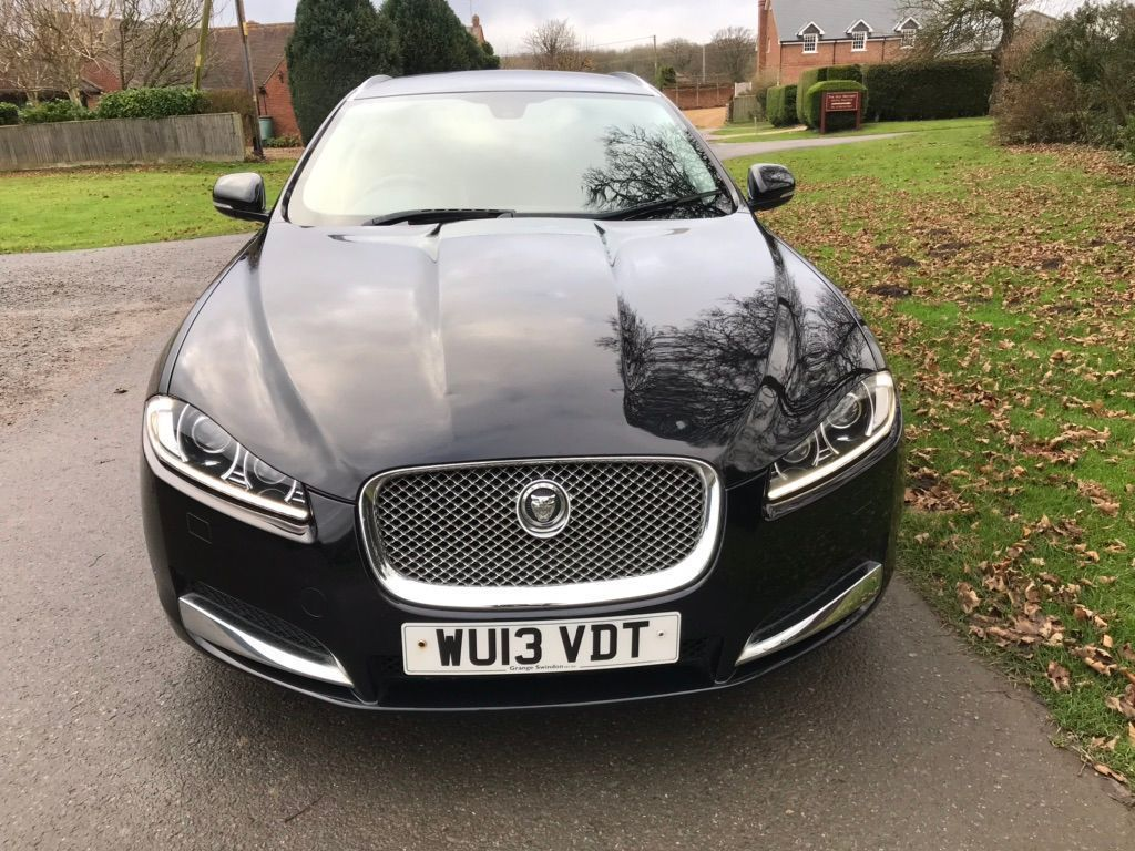 Jaguar XF Estate 2.2 TD SE Business Sportbrake (s/s) 5dr
