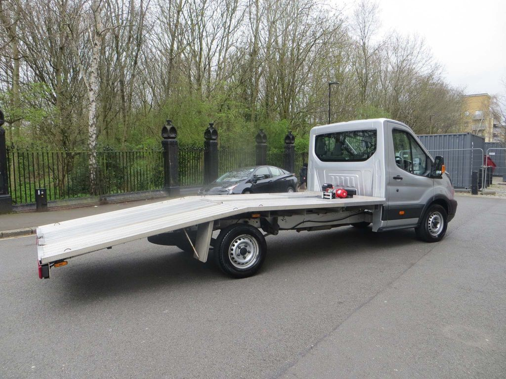 Ford Transit Vehicle Transporter 2.0.350. CAR TRANSPORTER. AIR SUSPENSION