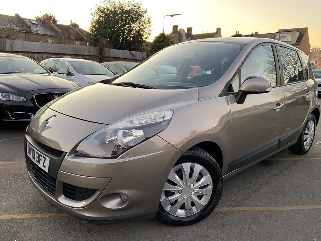 Renault Scenic MPV 2.0 VVT Expression 5dr