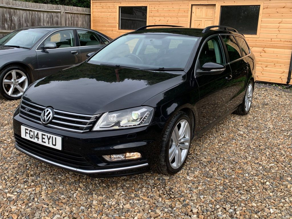 Volkswagen Passat Estate 2.0 TDI BlueMotion Tech R-Line DSG 5dr