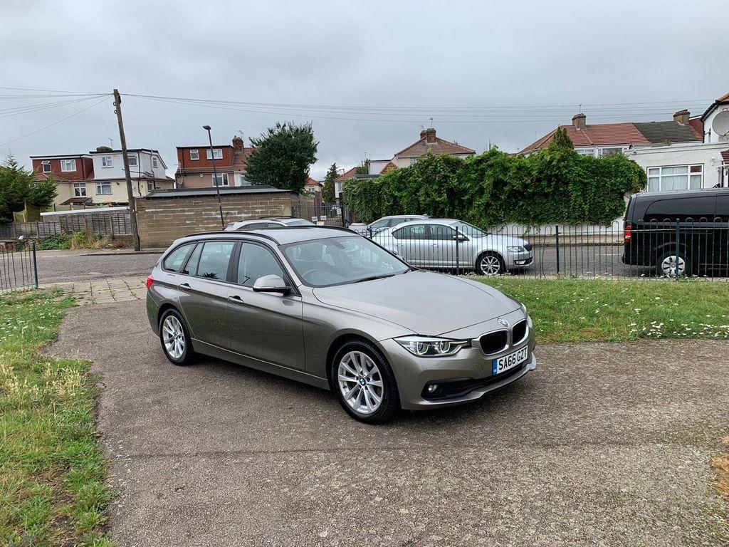 BMW 3 Series Estate 2.0 320d SE Touring Auto (s/s) 5dr