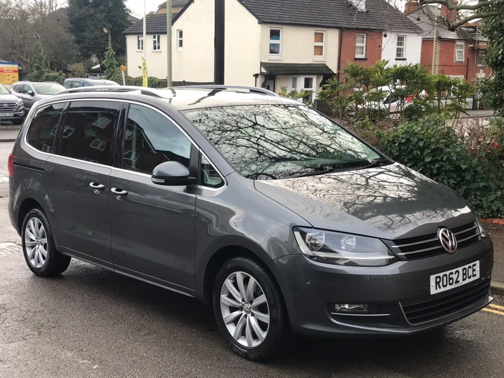 Volkswagen Sharan MPV 2.0 TD BlueMotion Tech Executive DSG 5dr