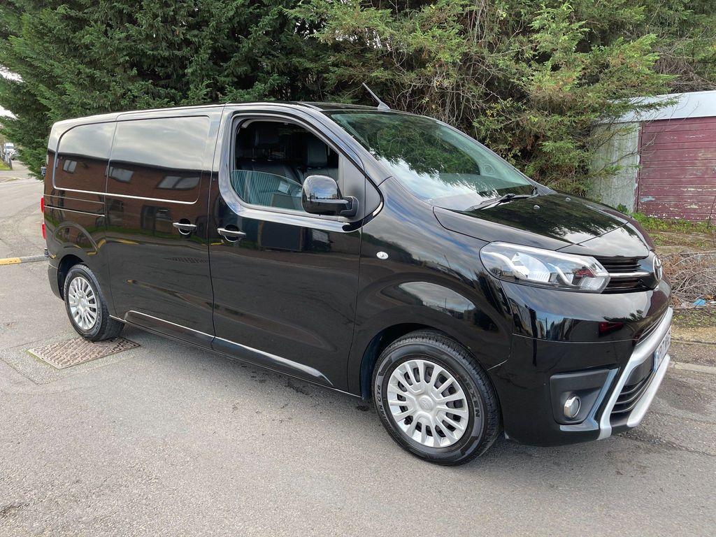 Toyota ProAce Panel Van 1.6D Comfort Medium Panel Van MWB EU6 6dr