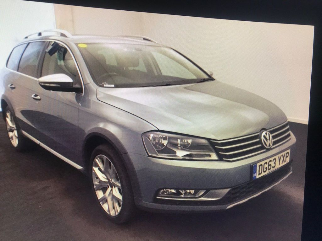 Volkswagen Passat Estate 2.0 TD BlueMotion Tech Alltrack DSG 4x4 5dr