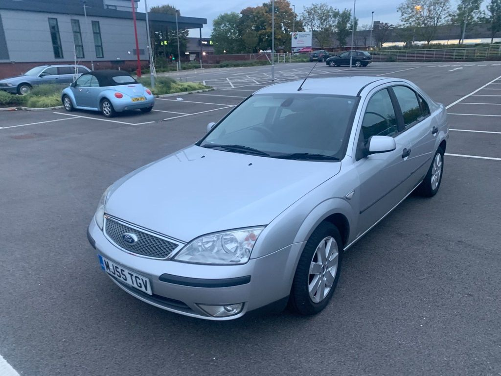 Ford Mondeo Hatchback 2.0 TDCi SIV Silver 5dr