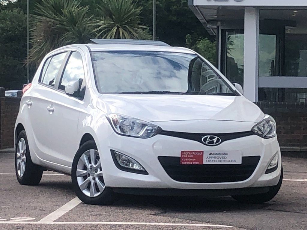 Hyundai i20 Hatchback 1.4 Active Auto 5dr