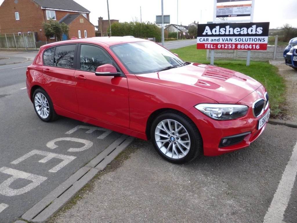 BMW 1 Series Hatchback 1.5 118i SE (s/s) 5dr