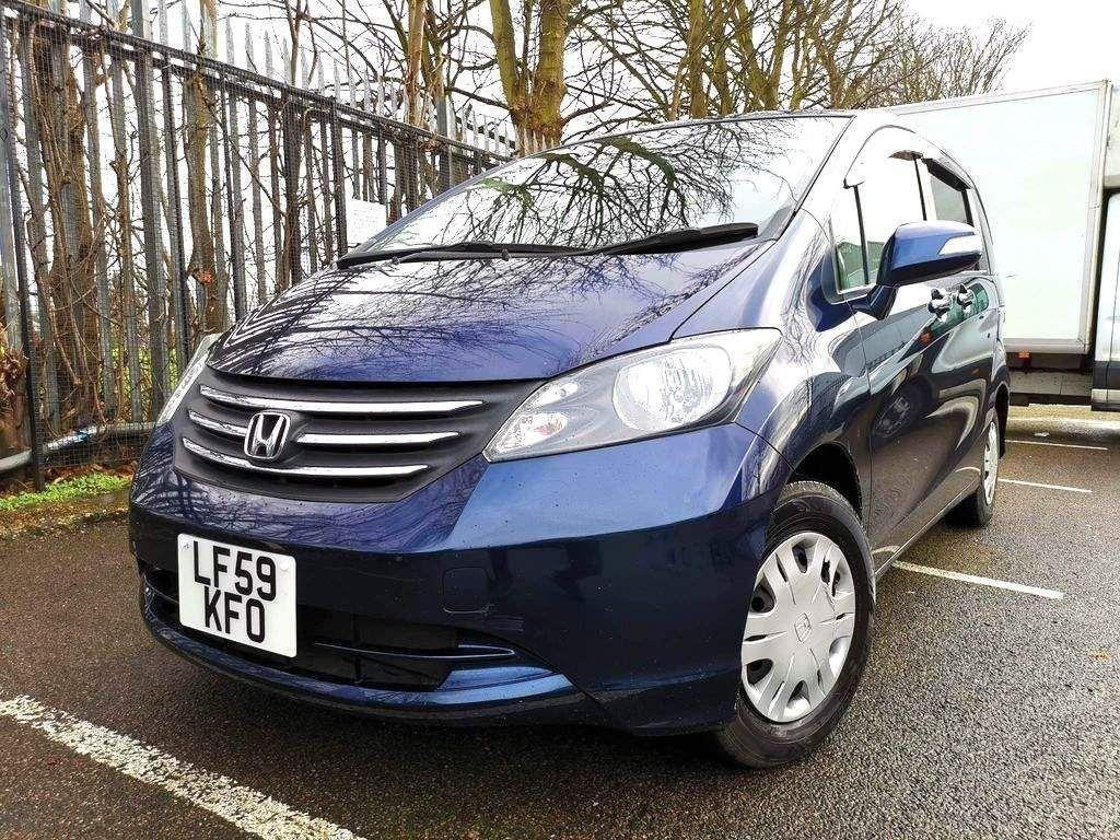 Honda Freed MPV 1.5 AUTO 7 SEATS 2 TO CHOOSE FROM!