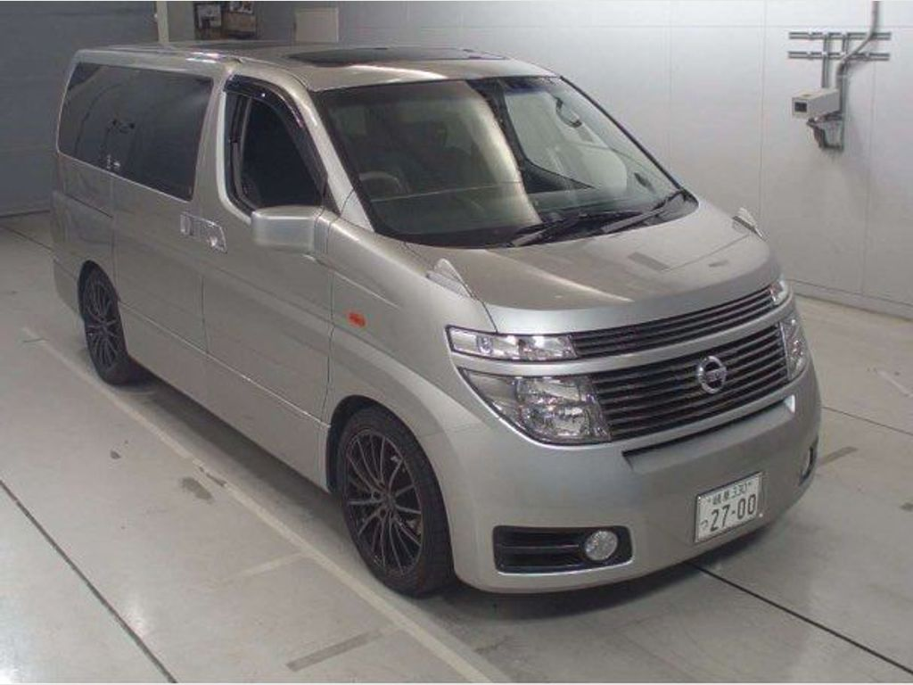 Nissan Elgrand Unlisted NE51 2WD/4WD HIGHWAY STAR 8 SEATER MPV