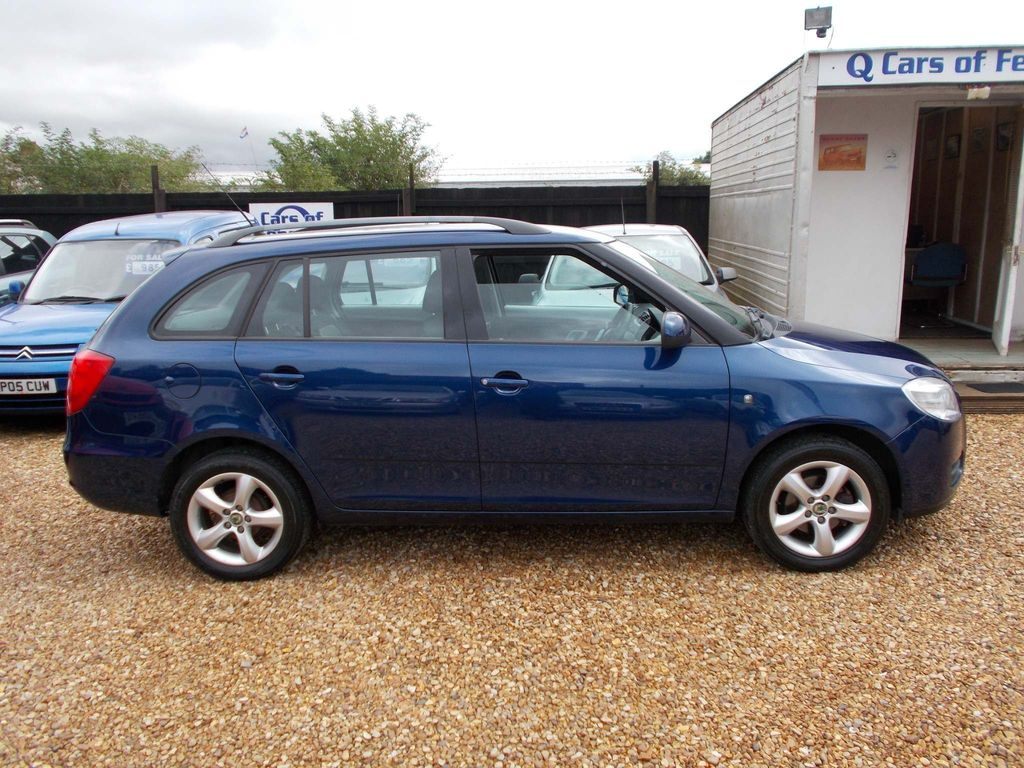 SKODA Fabia Estate 1.4 16v 2 5dr