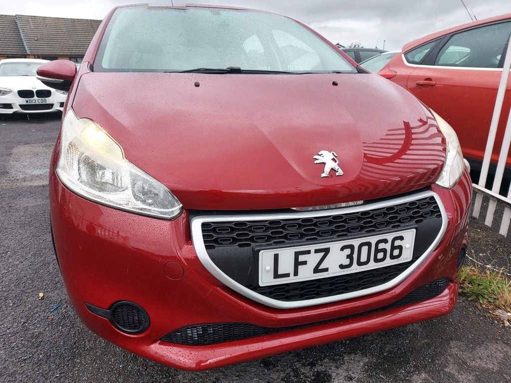 Peugeot 208 Hatchback 1.2 VTi Access+ 5dr