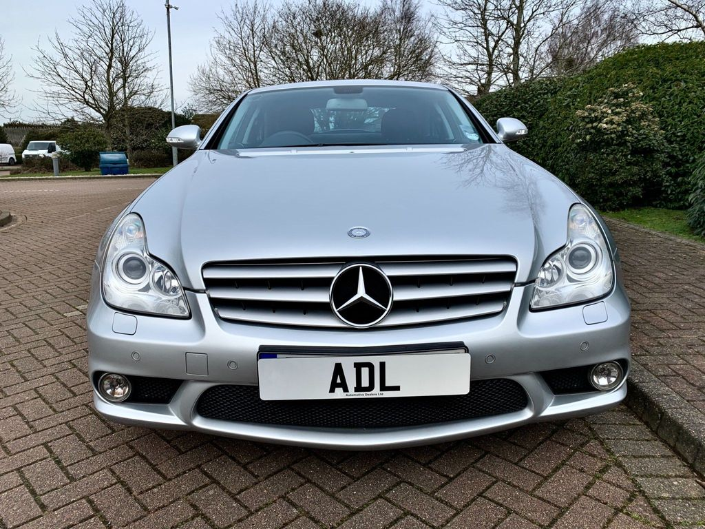 Mercedes-Benz CLS Coupe 6.2 CLS63 AMG 7G-Tronic 4dr