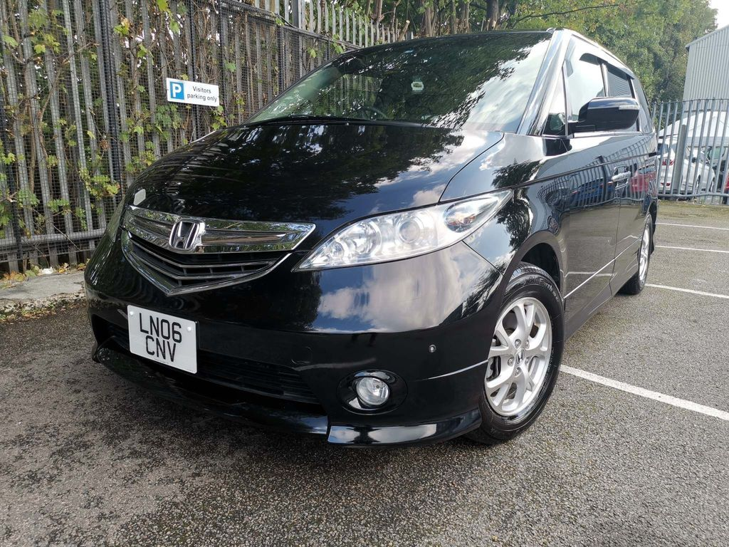 Honda Elysion MPV 8 SEATS 2.4 AUTOMATIC PETROL