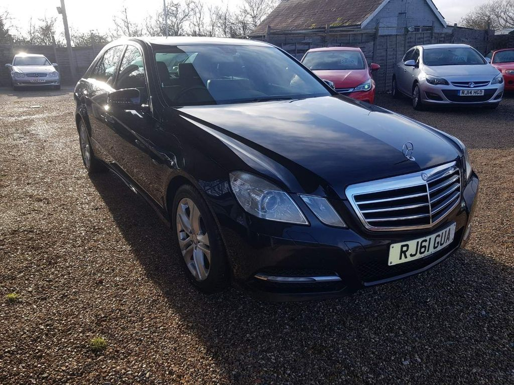 Mercedes-Benz E Class Saloon 2.1 E220 CDI BlueEFFICIENCY SE (Executive) 4dr