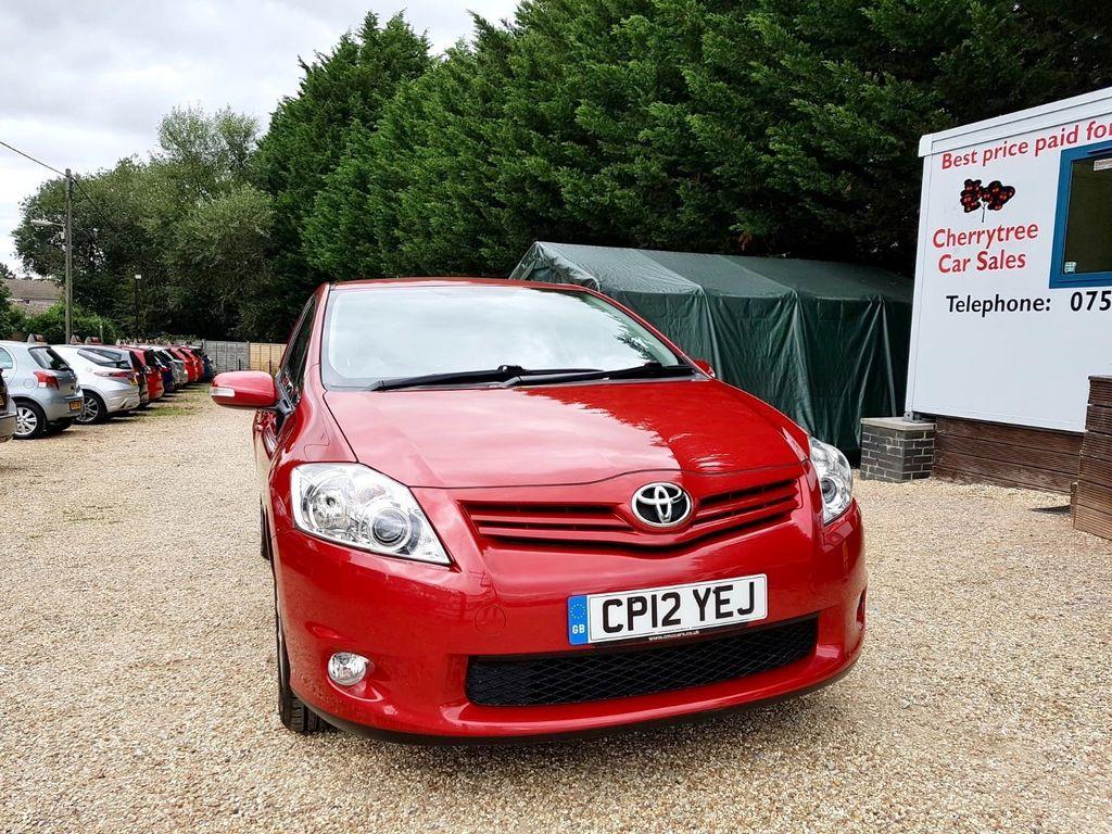 Toyota Auris Hatchback 1.33 VVT-i Colour Collection 5dr