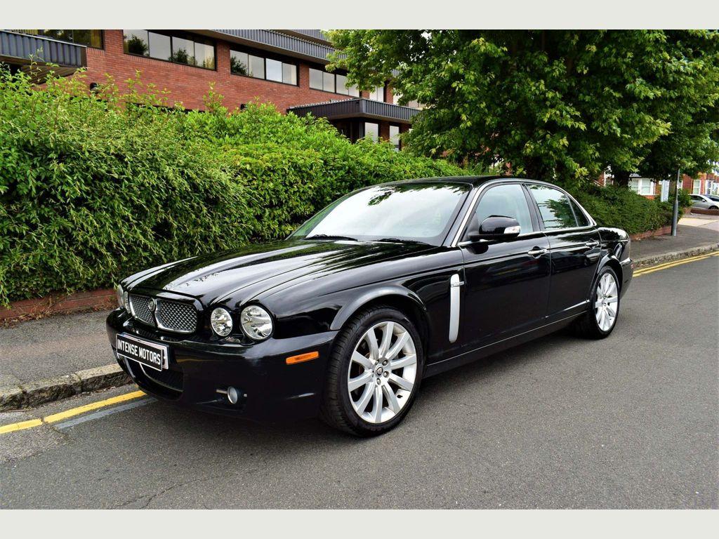Jaguar XJ Saloon 3.0 V6 Executive 4dr