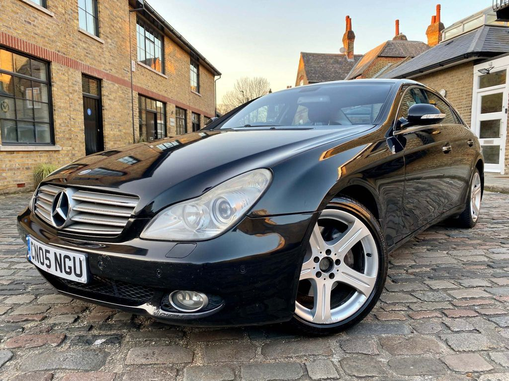 Mercedes-Benz CLS Coupe 5.0 CLS500 7G-Tronic 4dr