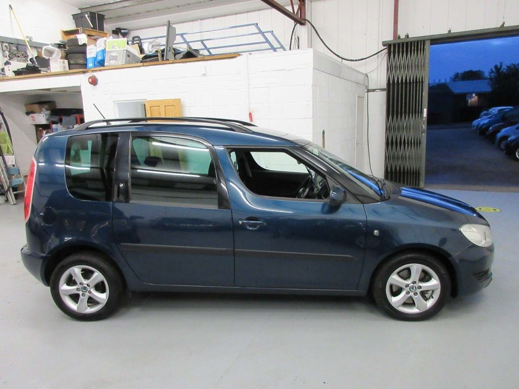 SKODA Roomster MPV 1.6 TDI CR SE Plus 5dr