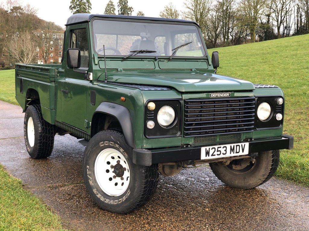 Land Rover Defender 110 Pickup 2.5 TD5 Pick-Up 2dr (High capacity)