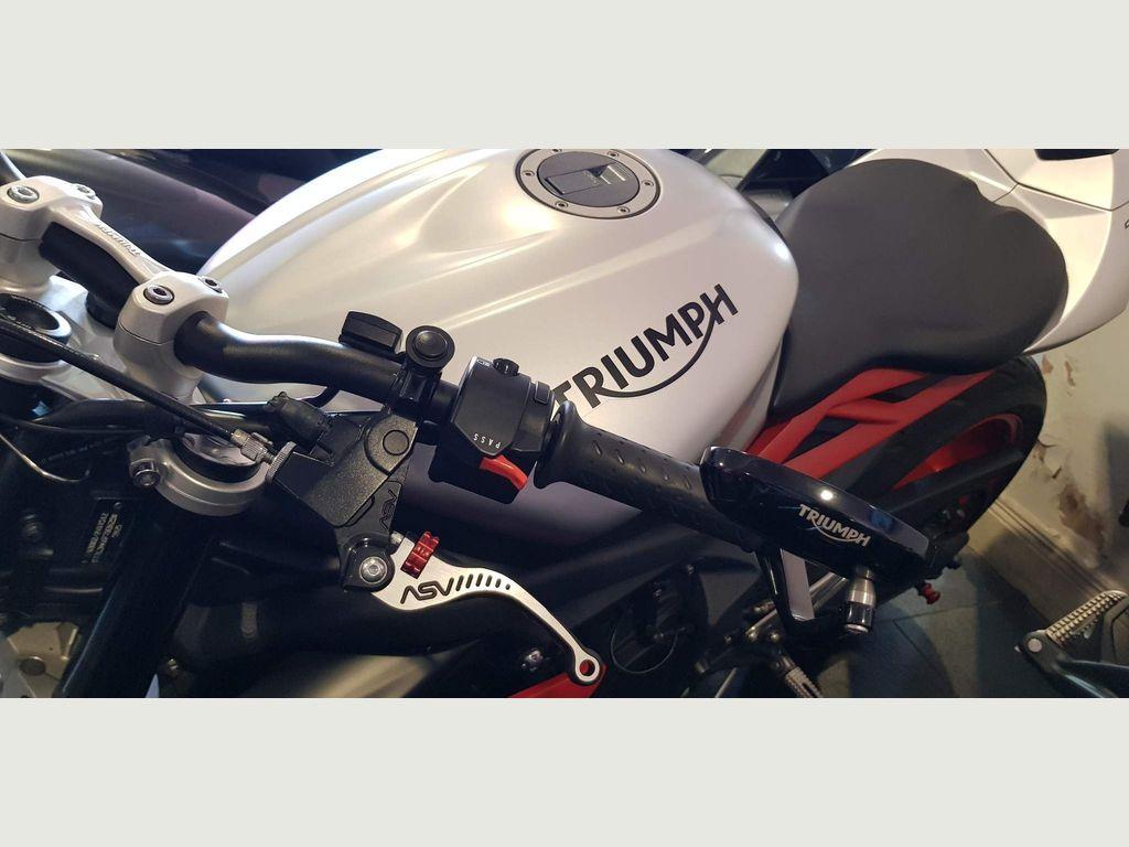 Triumph Street Triple 675 Naked 675 Rx