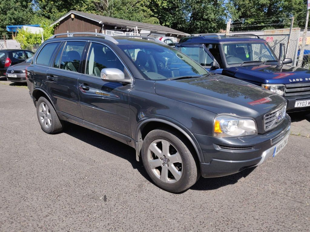 Volvo XC90 SUV 2.4 D5 SE Nav Geartronic 4WD 5dr