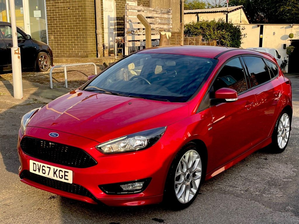 Ford Focus Hatchback 1.5 TDCi ST-Line Powershift (s/s) 5dr