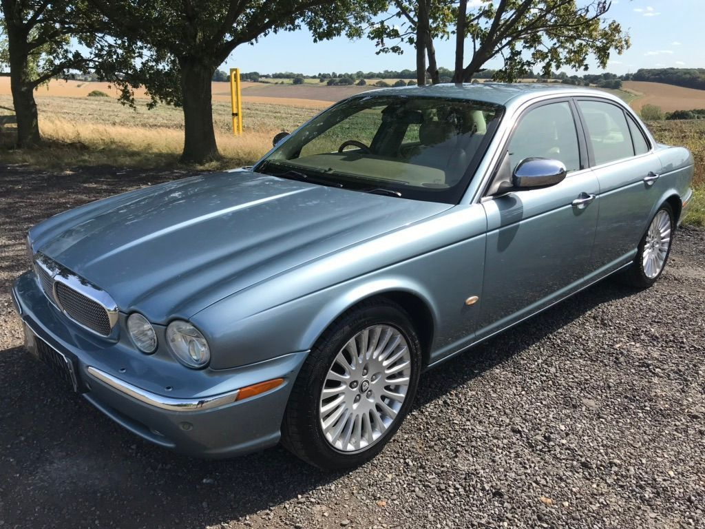 JAGUAR XJ Saloon 2.7 TDVi Sovereign 4dr