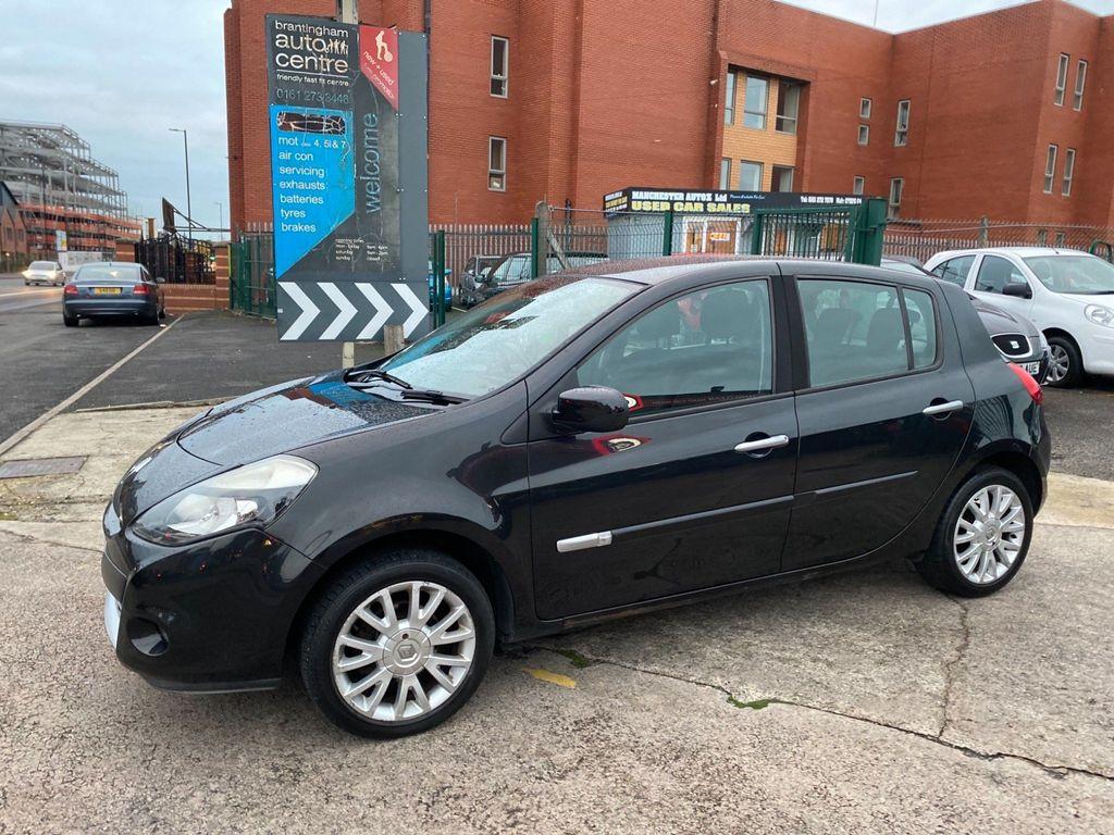 Renault Clio Hatchback 1.5 dCi Dynamique 5dr
