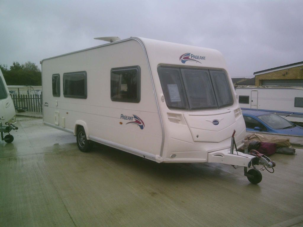 Bailey Pageant Champagne Unlisted 2007 4 BERTH WITH EXTRAS