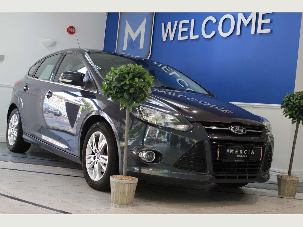 Ford Focus Hatchback 1.0 EcoBoost Titanium Navigator Navigator (s/s) 5dr