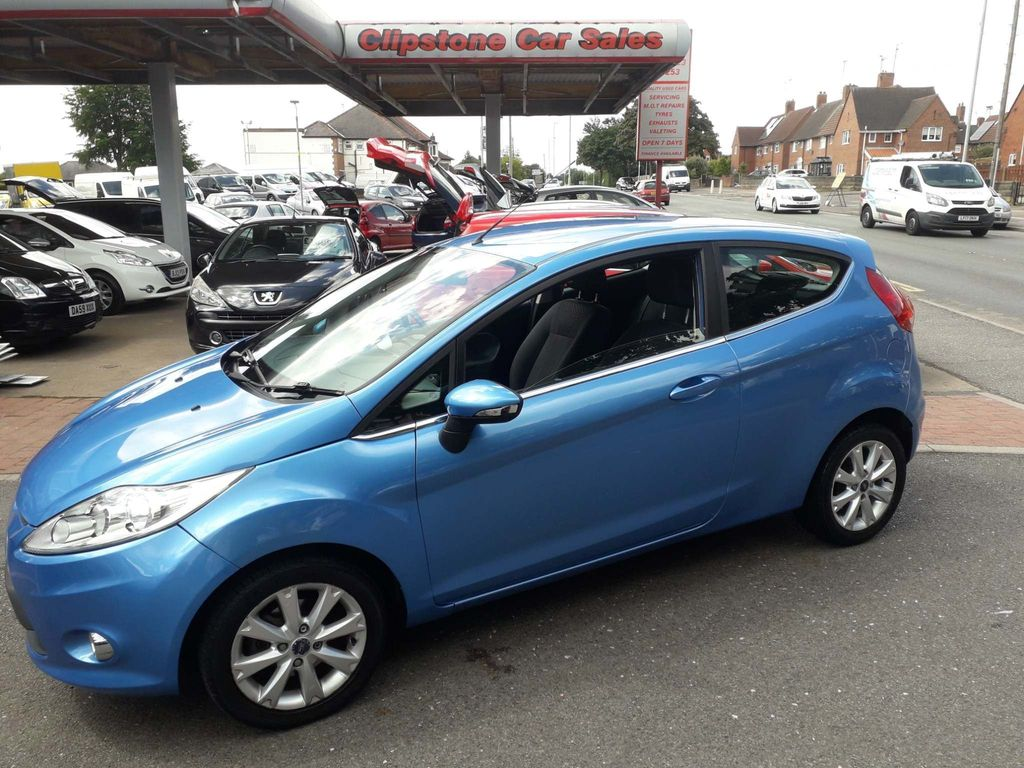Used Ford Fiesta Hatchback 1 25 Zetec 3dr In Mansfield