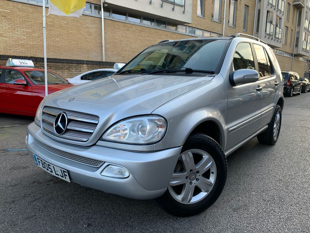 Mercedes-Benz M Class SUV 3.7 ML350 Special Edition 5dr