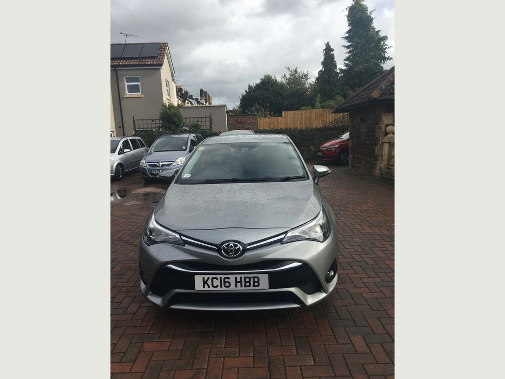 Toyota Avensis Saloon 1.6 D-4D Business Edition (s/s) 4dr