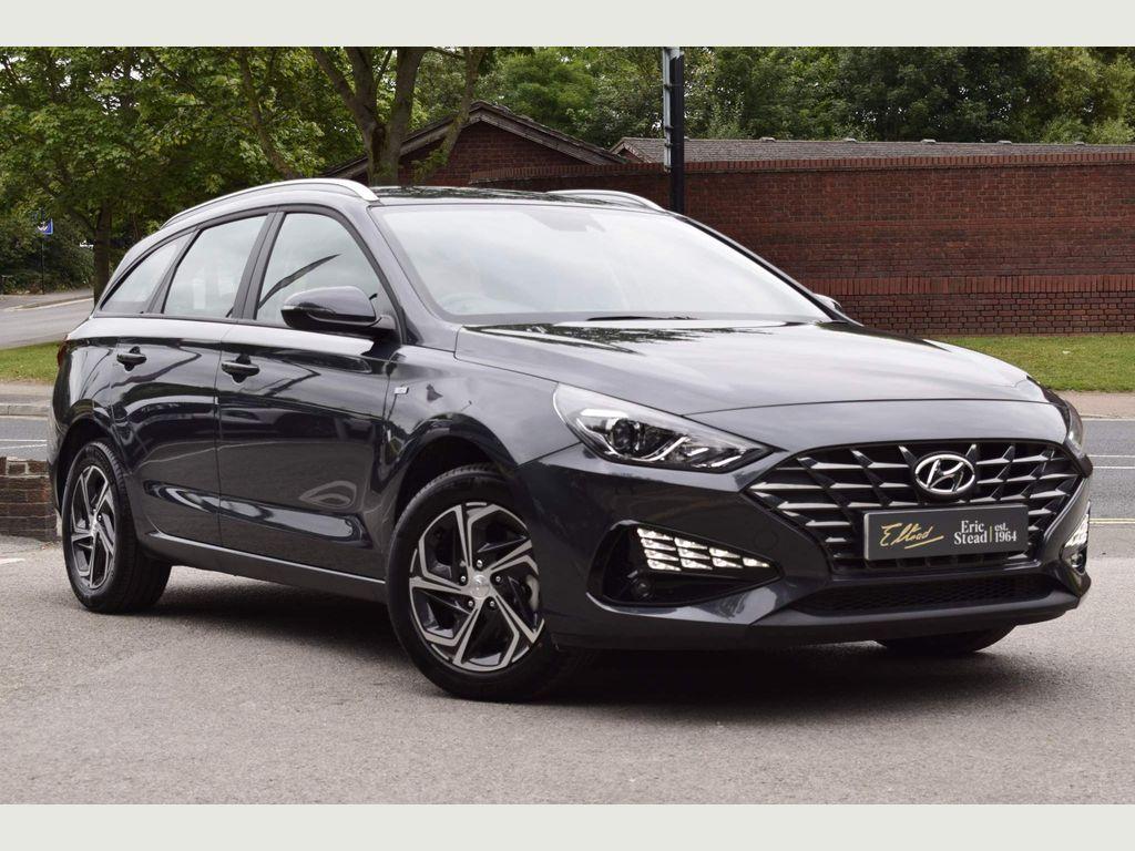 Hyundai i30 Estate 1.6 CRDi MHEV SE Connect Tourer (s/s) 5dr