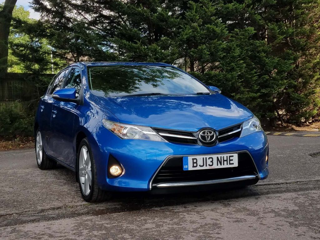 Toyota Auris Hatchback 1.6 V-Matic Sport M-Drive S 5dr