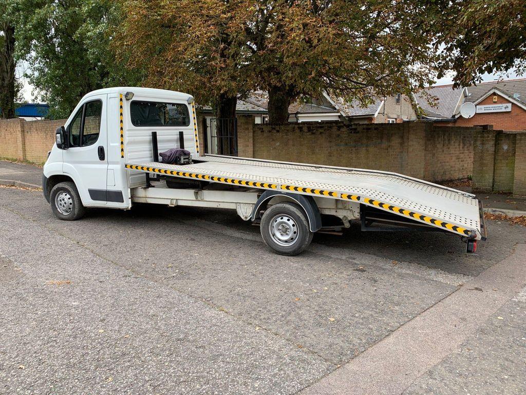 Peugeot Boxer Vehicle Transporter 2.2 HDi 335 L3 4dr