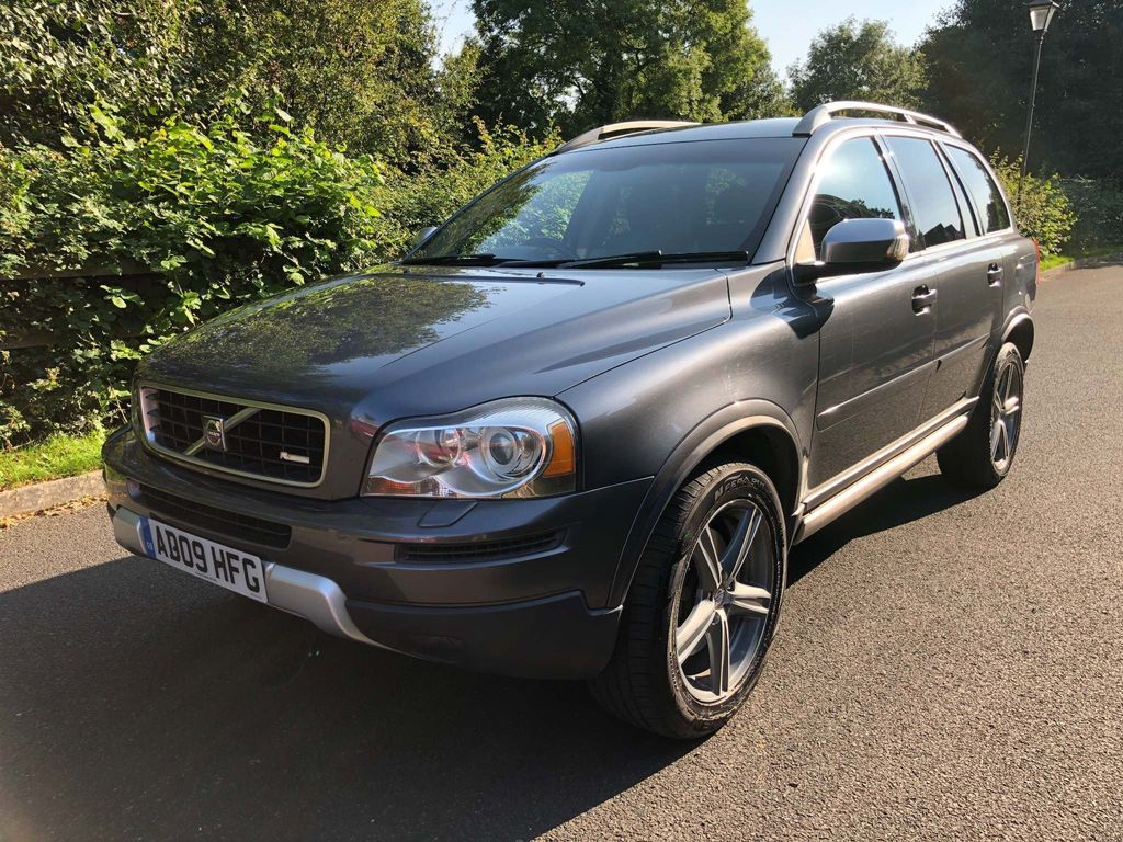 Volvo XC90 SUV 2.4 D5 R-Design SE (Premium Pack) Geartronic AWD 5dr