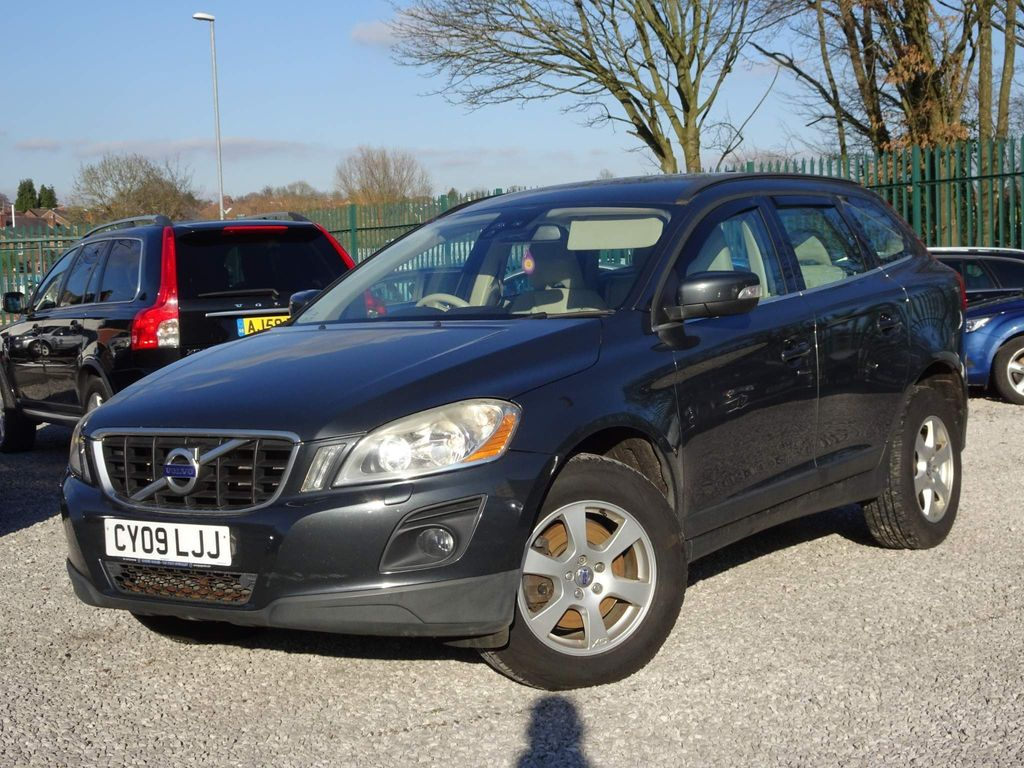 Volvo XC60 SUV 2.4 D SE Geartronic AWD 5dr