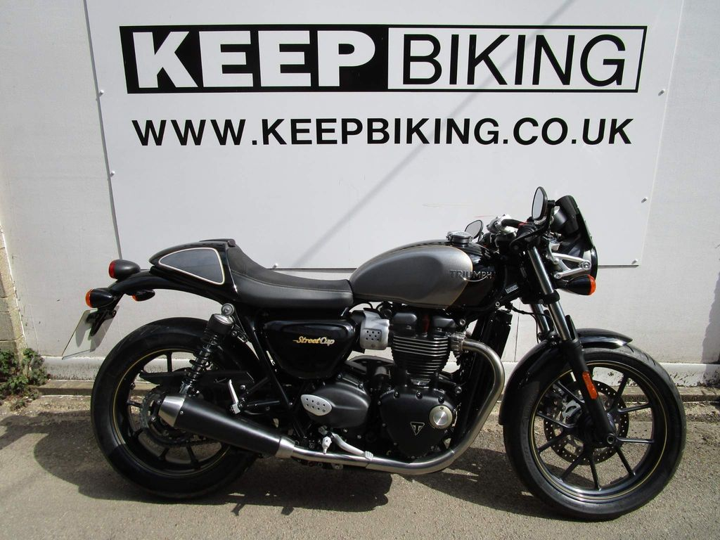 Triumph Street Cup Roadster/Retro 900 ABS