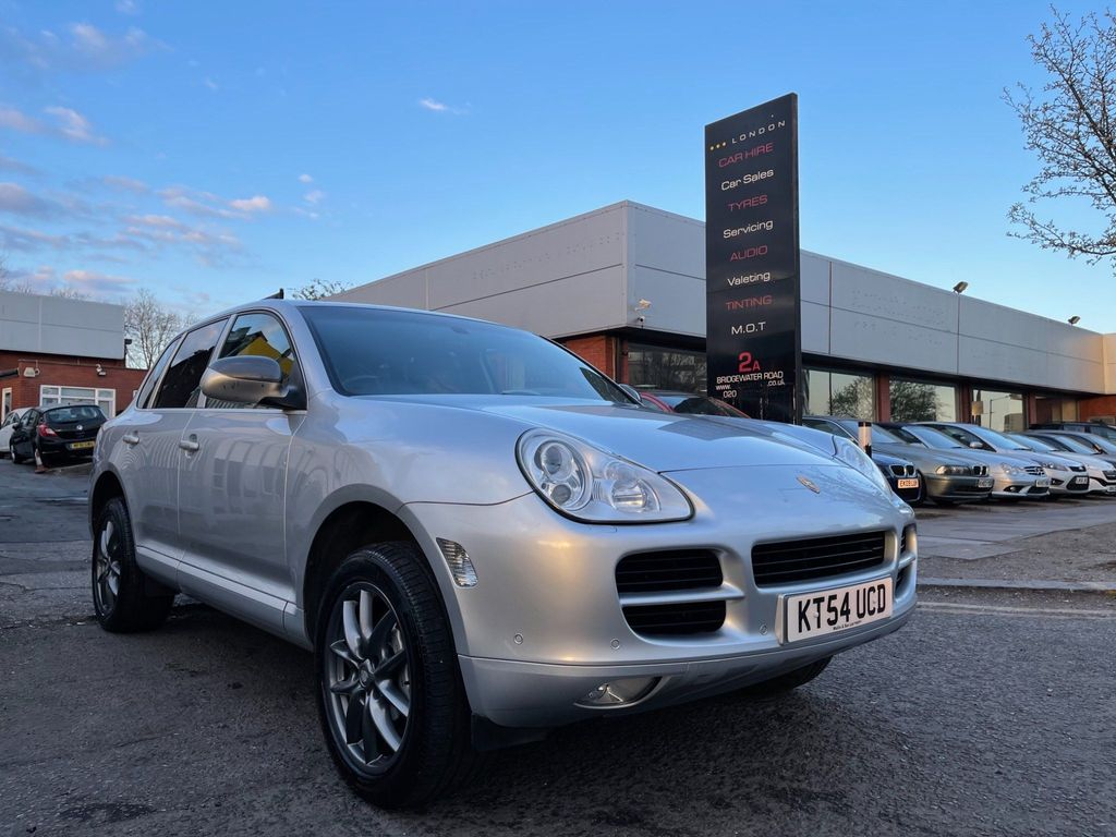 Porsche Cayenne SUV 4.5 S Tiptronic S AWD 5dr