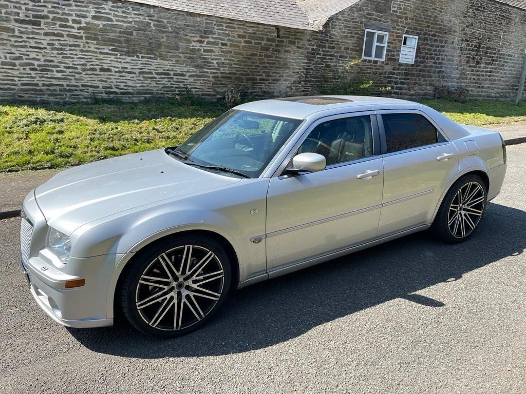 Chrysler 300C Saloon 6.1 Hemi V8 SRT-8 4dr