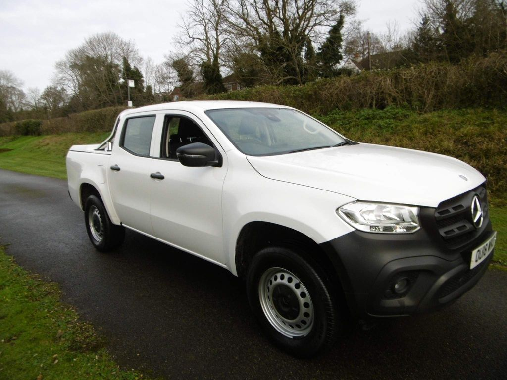 Mercedes-Benz X Class Pickup 2.3 X220d Pure Double Cab Pickup 4MATIC (s/s) 4dr
