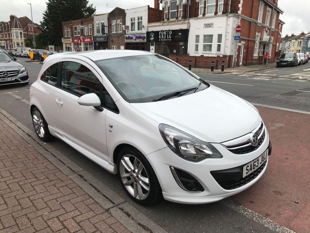 Vauxhall Corsa Hatchback 1.4 16V SRi 3dr (A/C)