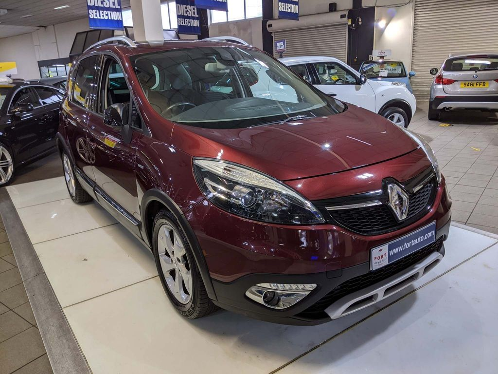 Renault Scenic Xmod MPV 1.6 dCi Dynamique Tom Tom Bose+ Pack (s/s) 5dr