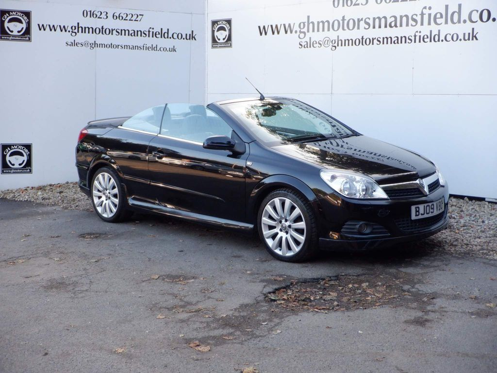 Vauxhall Astra Convertible 1.8 i Exclusiv Black Twin Top 2dr