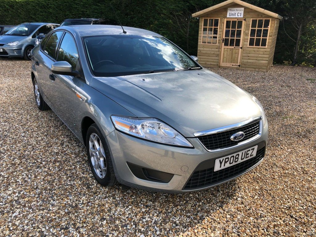 Ford Mondeo Hatchback 2.0 Edge 5dr