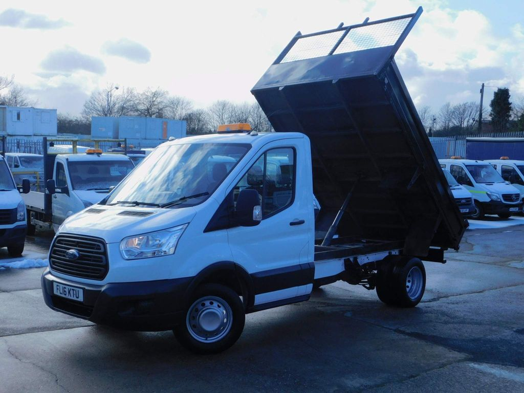Ford Transit Tipper 2.2TDCI 125PS L2 TIPPER LOW MILES FSH